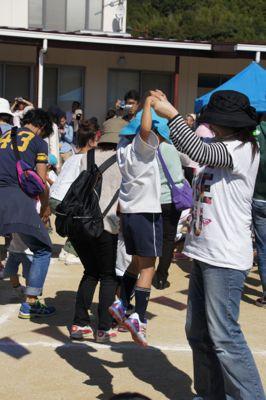 hogoshato dansu 2014.jpg